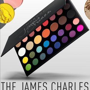 James Charles makeup palette Morphe